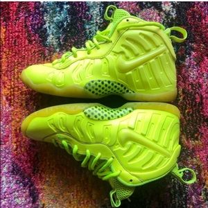 Nike highlighter foamposites 5.5y
